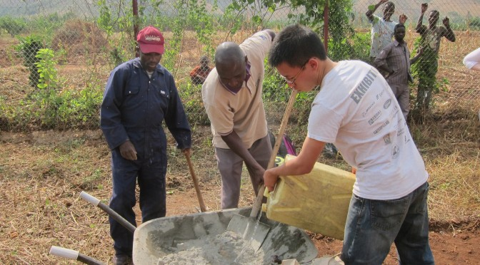 Day 5 Uganda – Dust (Ellyn)