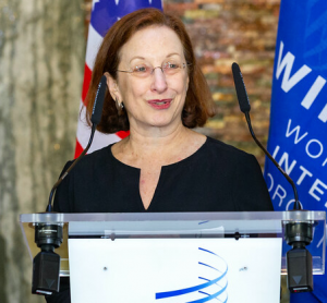 Picture of Shira Perlmutter speaking at a podium