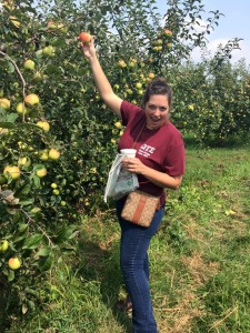 OTS goes to Curtis Apple Orchard