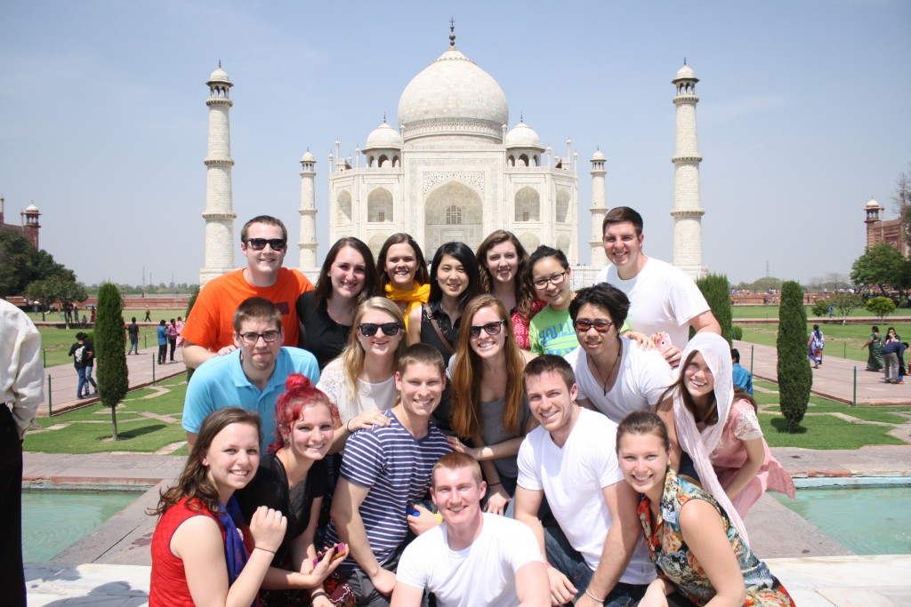 Illinois students at the Taj Mahal, one of the seven wonders of the world. Credit: ADMI/K.Wozniak