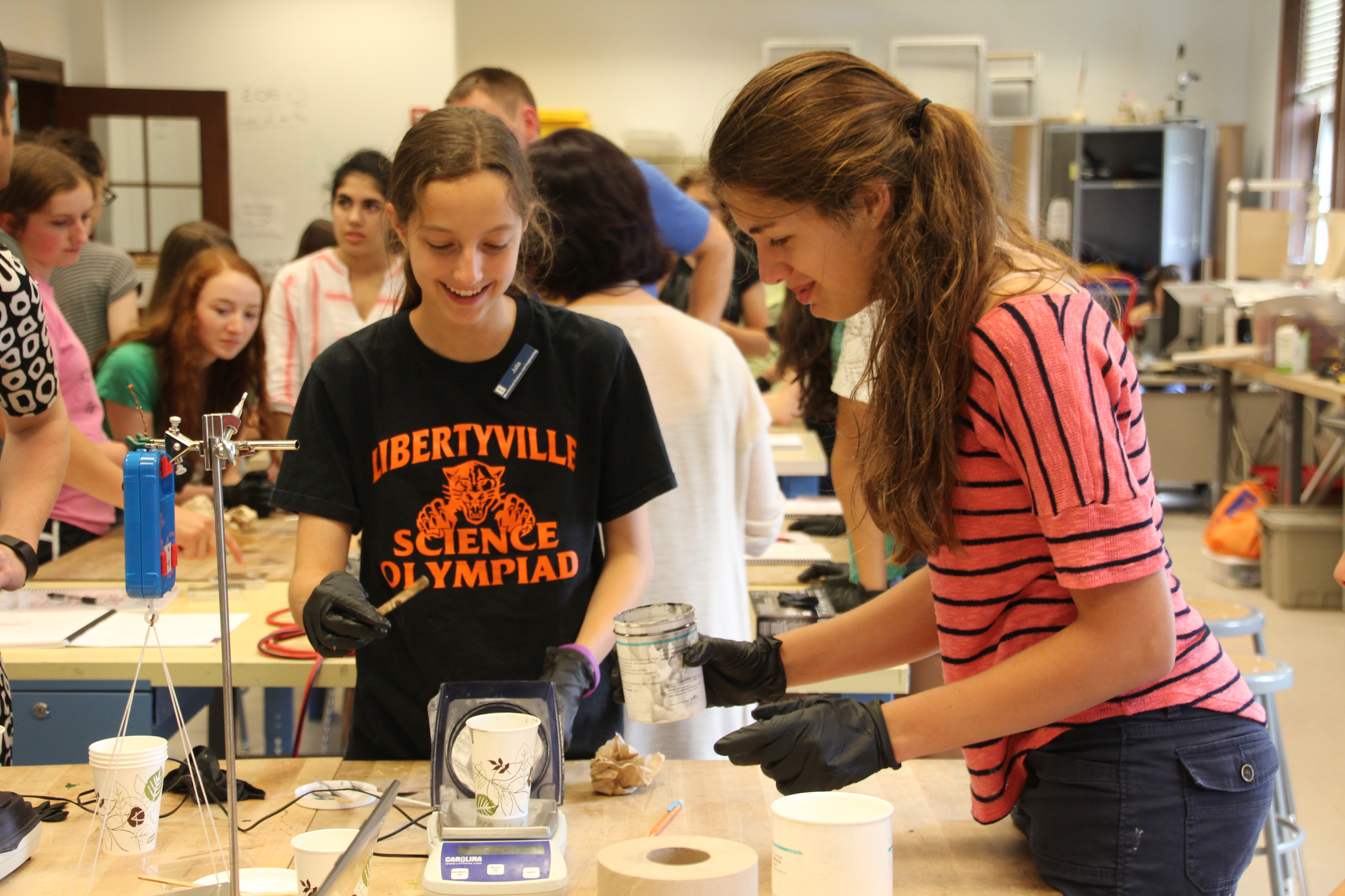 girls building awesome machines  g mechanical