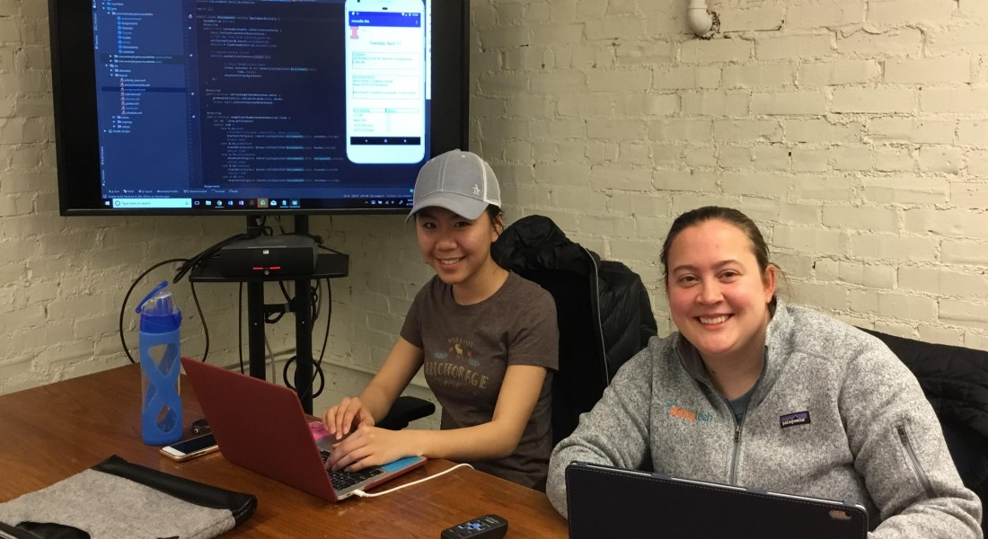 group picture of the mobile moodle data team in spring 2018: Lily, Jessie